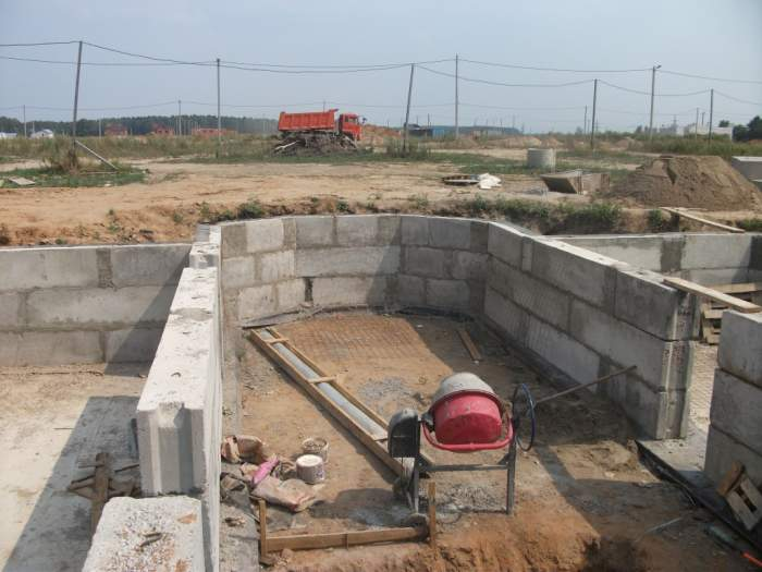 Нужно заливки фундамента дома в Химках