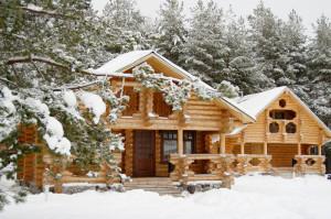 недостроенный дом зимой